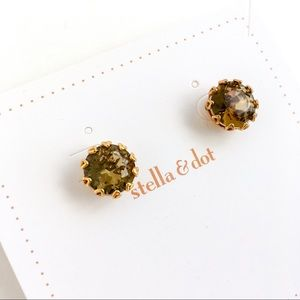 Jewelry - Stella & dot shining brown crystal earrings
